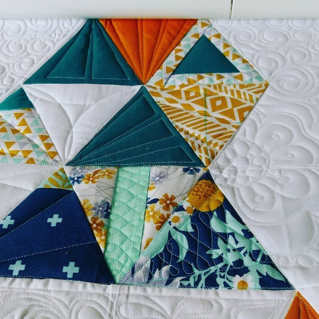 bernina_triangle-qal-quilting