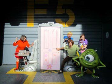 Als Scooby Doo Gruppe im Disneyland