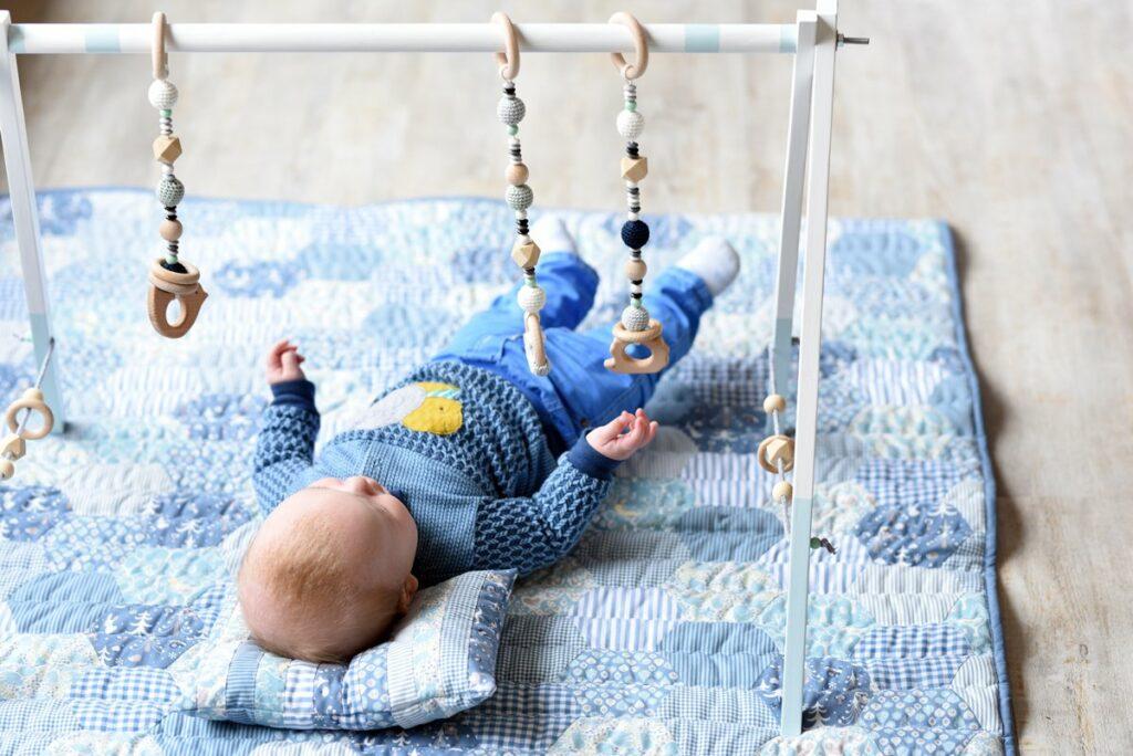 Ein Hexagonquilt fürs Baby aus Westfalenstoffe