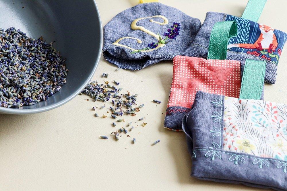 Duftkissen mit Lavendel füllen