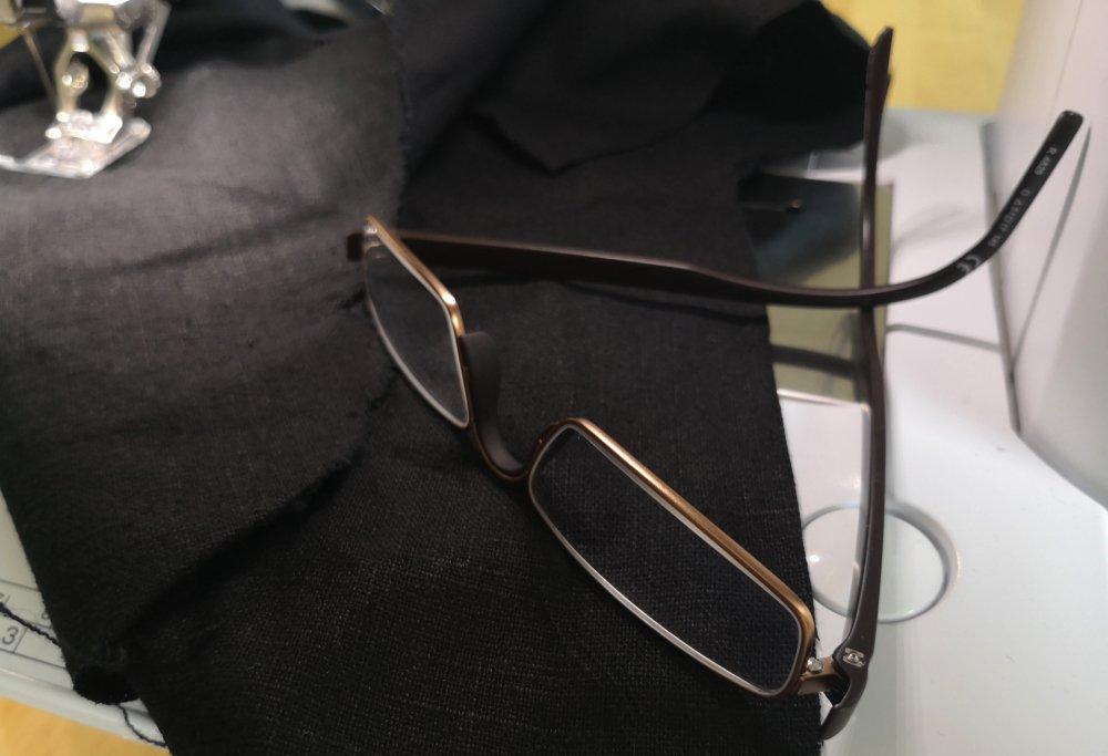 Wenn die Sehkraft nachlässt - Nähen mit Brille