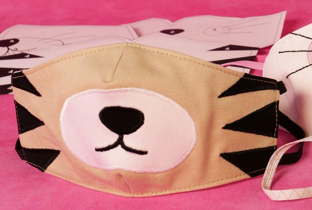 Maske nähen: Kindermaske mit Löwen-Applikation