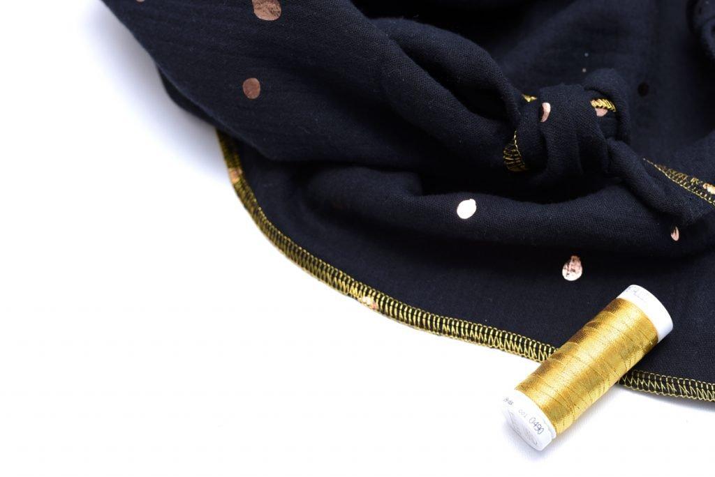 Musselin nähen - Tutorial Halstuch mit Metallicgarn
