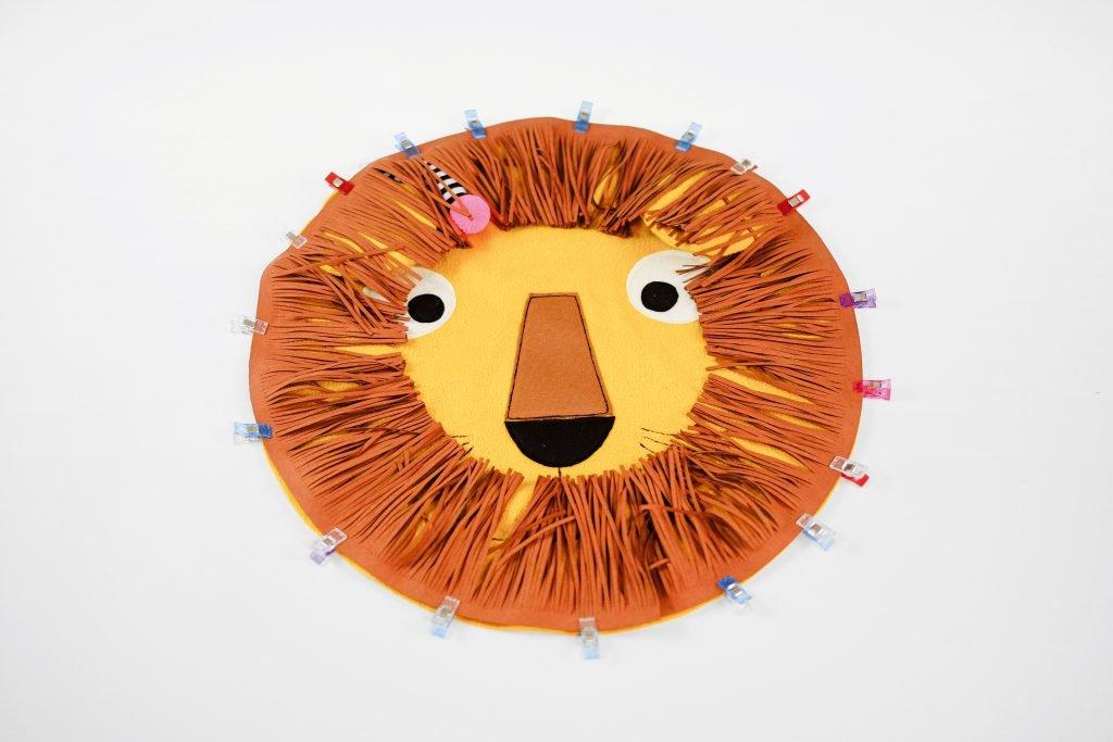 Löwenkissen nähen – die Mähne