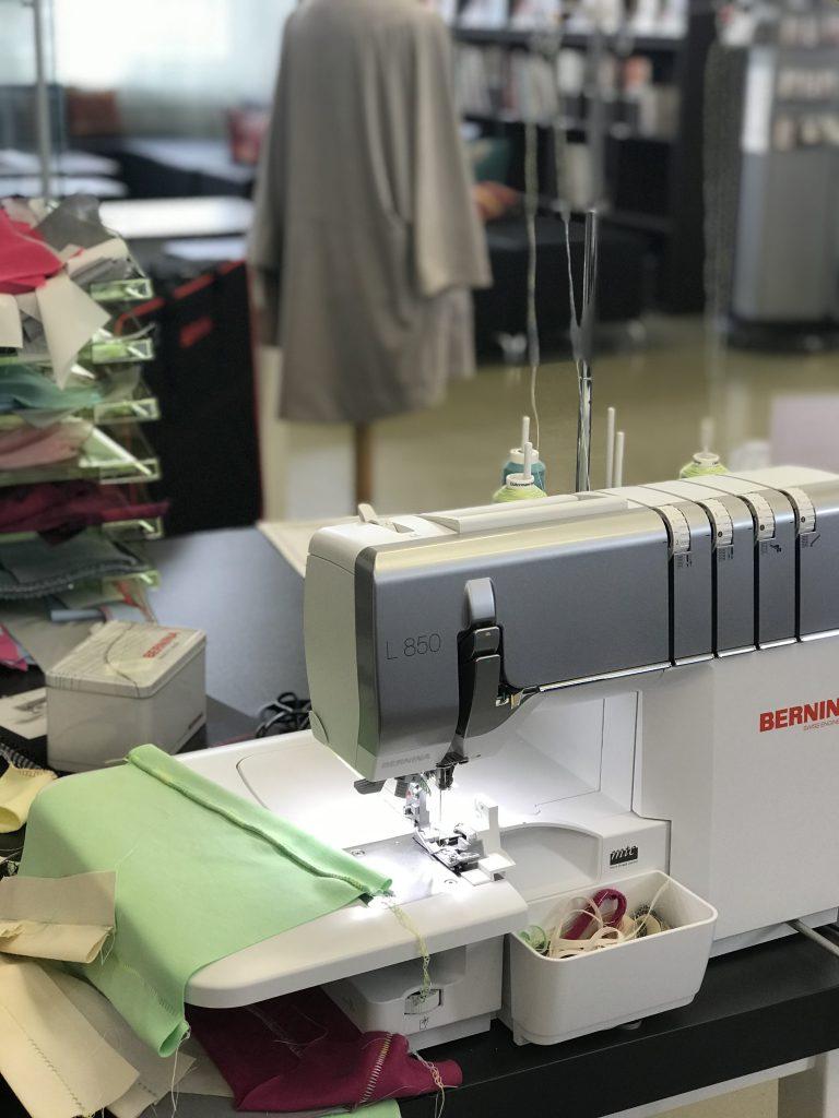 Bernina L 850, Produktvorstellung ganzmeinding 05