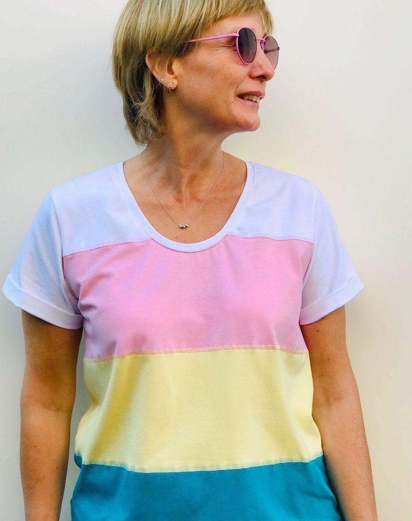 T-Shirt nähen aus Jerseystreifen: das fertige Shirt