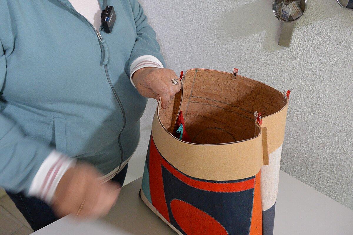 Umhängetasche nähen – die Tasche nimmt Form an