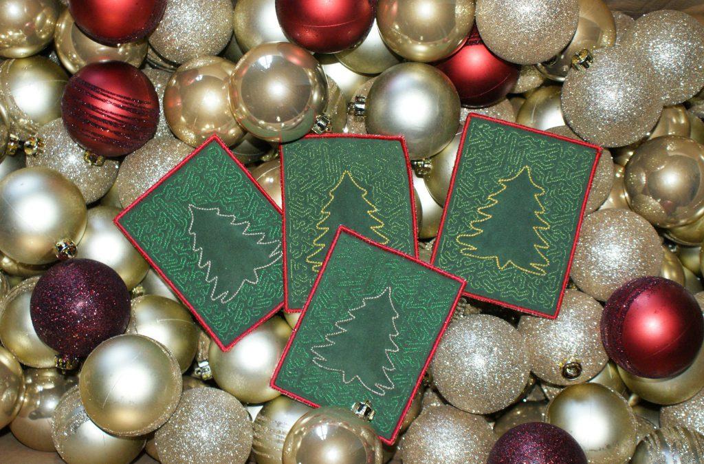 Gestickte Weihnachtskarten