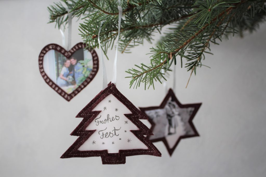 Sewing a Christmas tree decoration