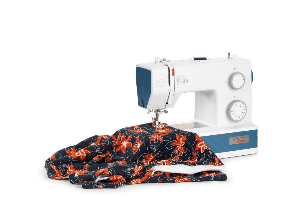 Sewing a shirt blouse