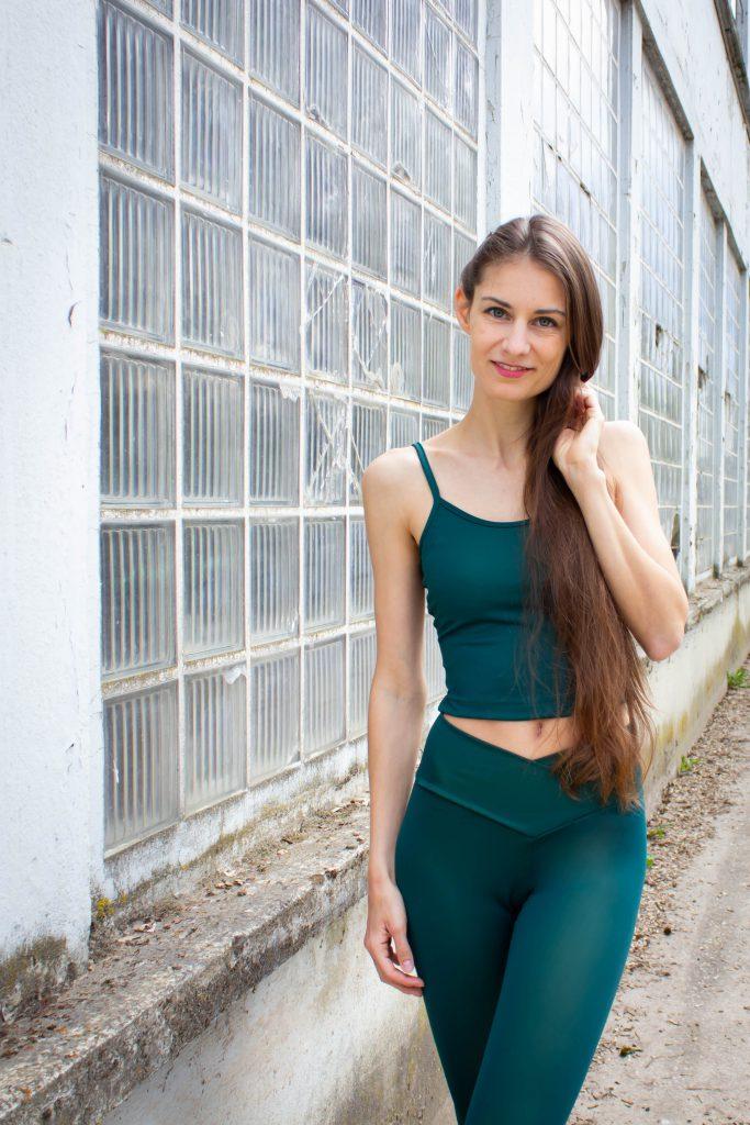 Basic-Trägertop Taillenlänge