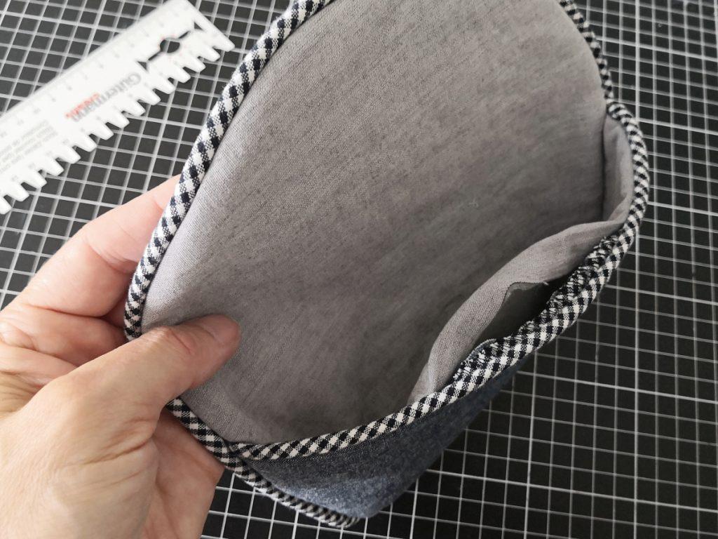 gewendetet Paspel-Tasche