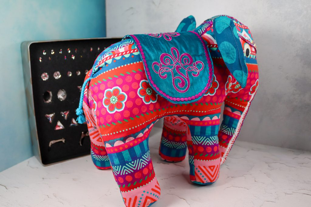 Elefant aus Stoff nähen- mit Bling