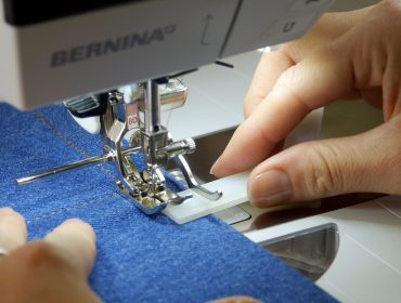 Jeans nähen mit dem BERNINA Jeansfuss