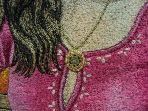 Threadplay with hair and pendant