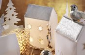 How to make a decorative Christmas houses (with free Cutwork template)