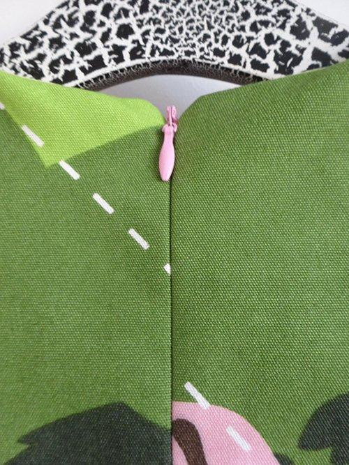 Louisa dress_invisible zip close up