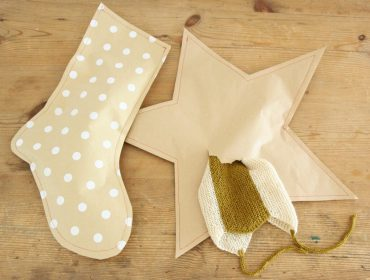 How to make a stitched paper gift wrap