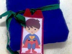 How to make superhero gift tags