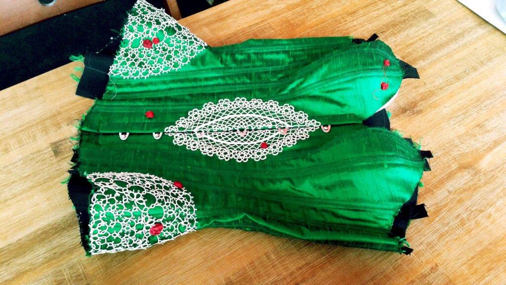 emeraldcorsetwip1