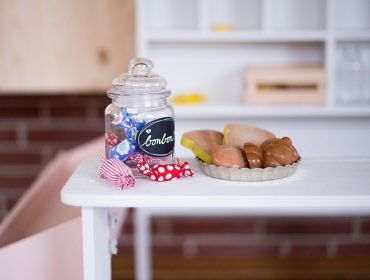 How to make beautiful grocery store accessoires for children