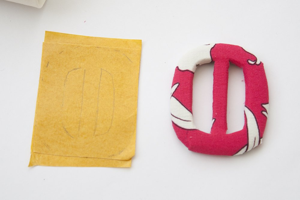 How to cover belt buckles with fabric