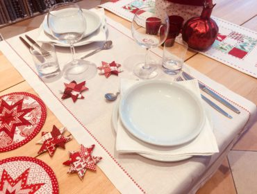 How to make a festive embroidered table runner