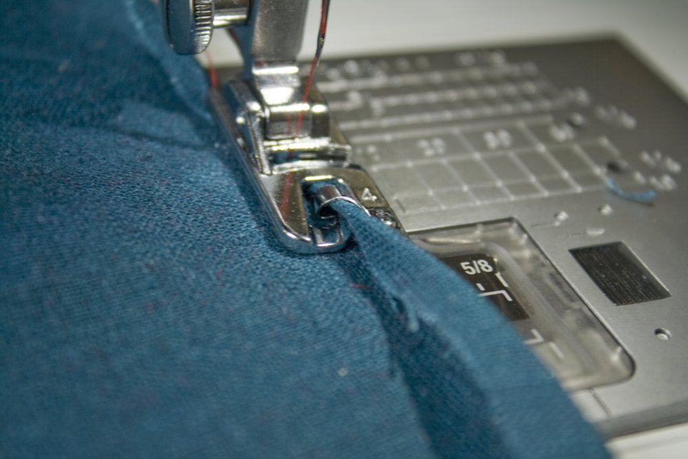 Hemmer Foot How To Use It To Sew Rolled Hems Tutorial Enchanting How To Use A Hemming Foot On A Sewing Machine