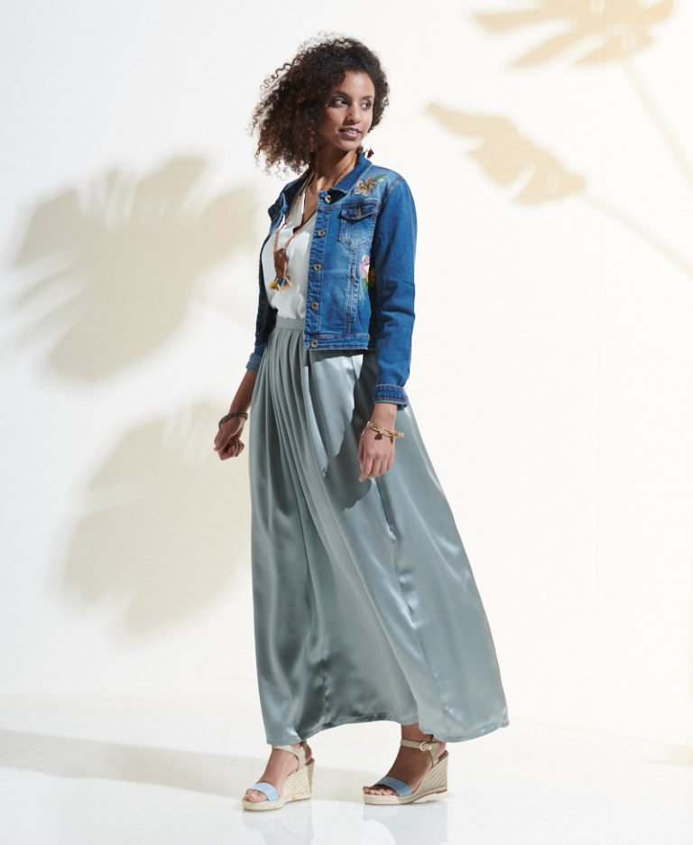 """Sewing """"Susan"""" Skirt with free pattern"""