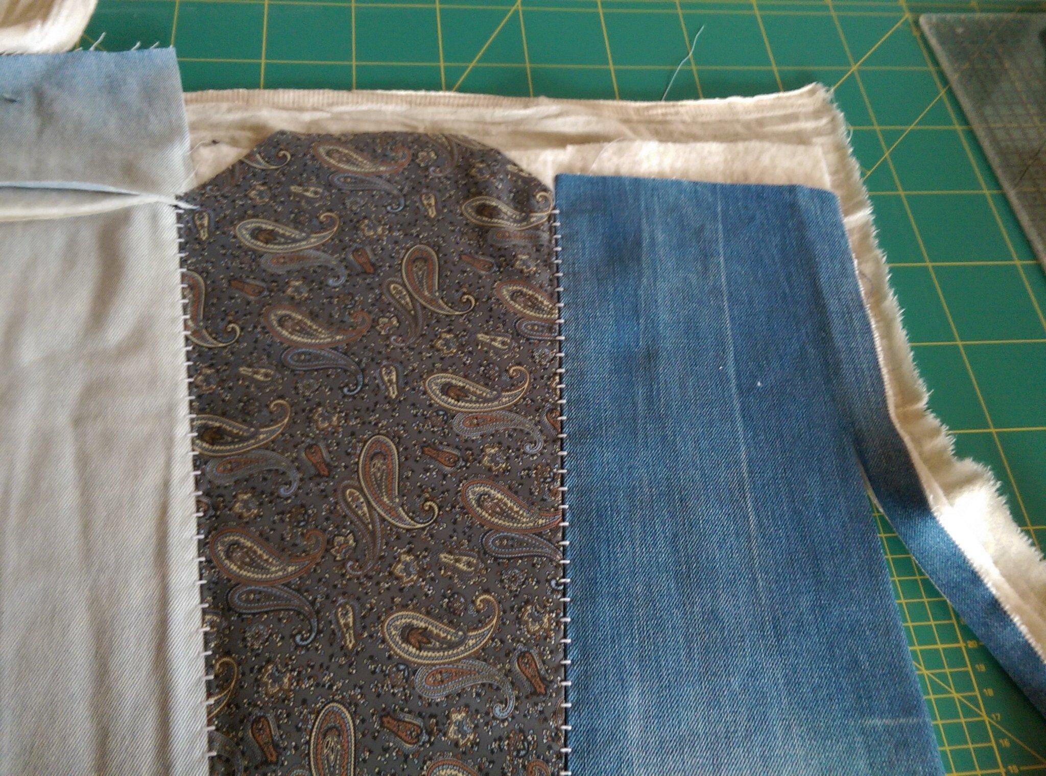 Zo maak je een praktische hoes voor de naaimachine for Quilt maken met naaimachine