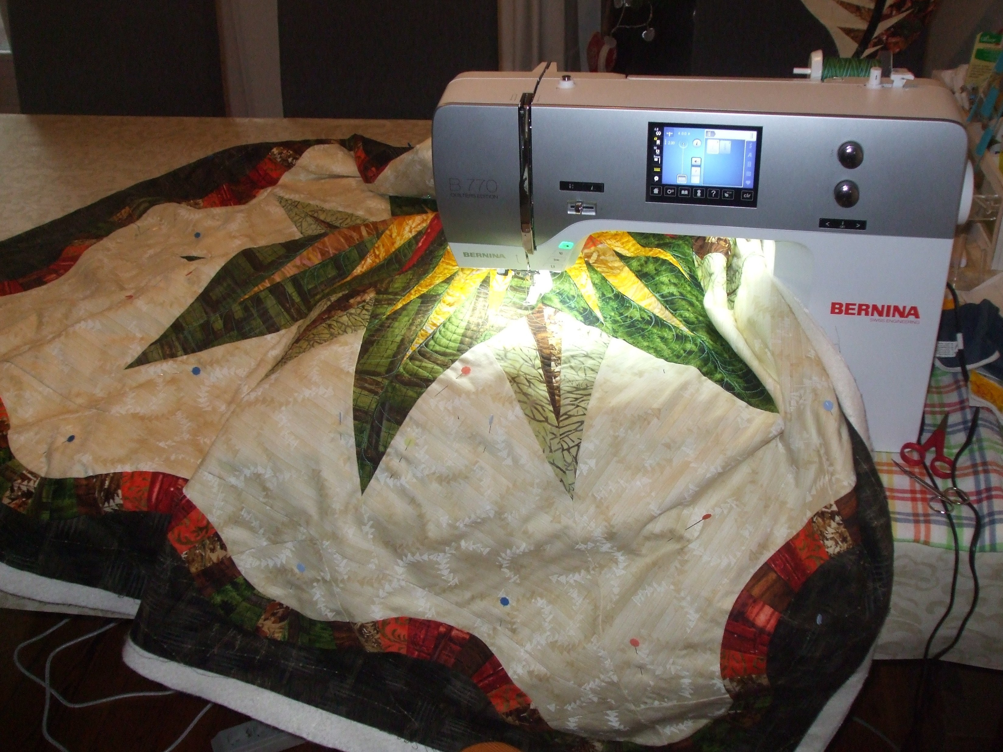 Naaimachine Voor Quilten.Een Middelgrote Quilt Onder Je Naaimachine Bernina Blog