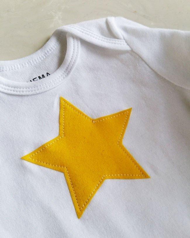 Gele pyjamabroek met sterrenromper - Pienkel voor Bernina