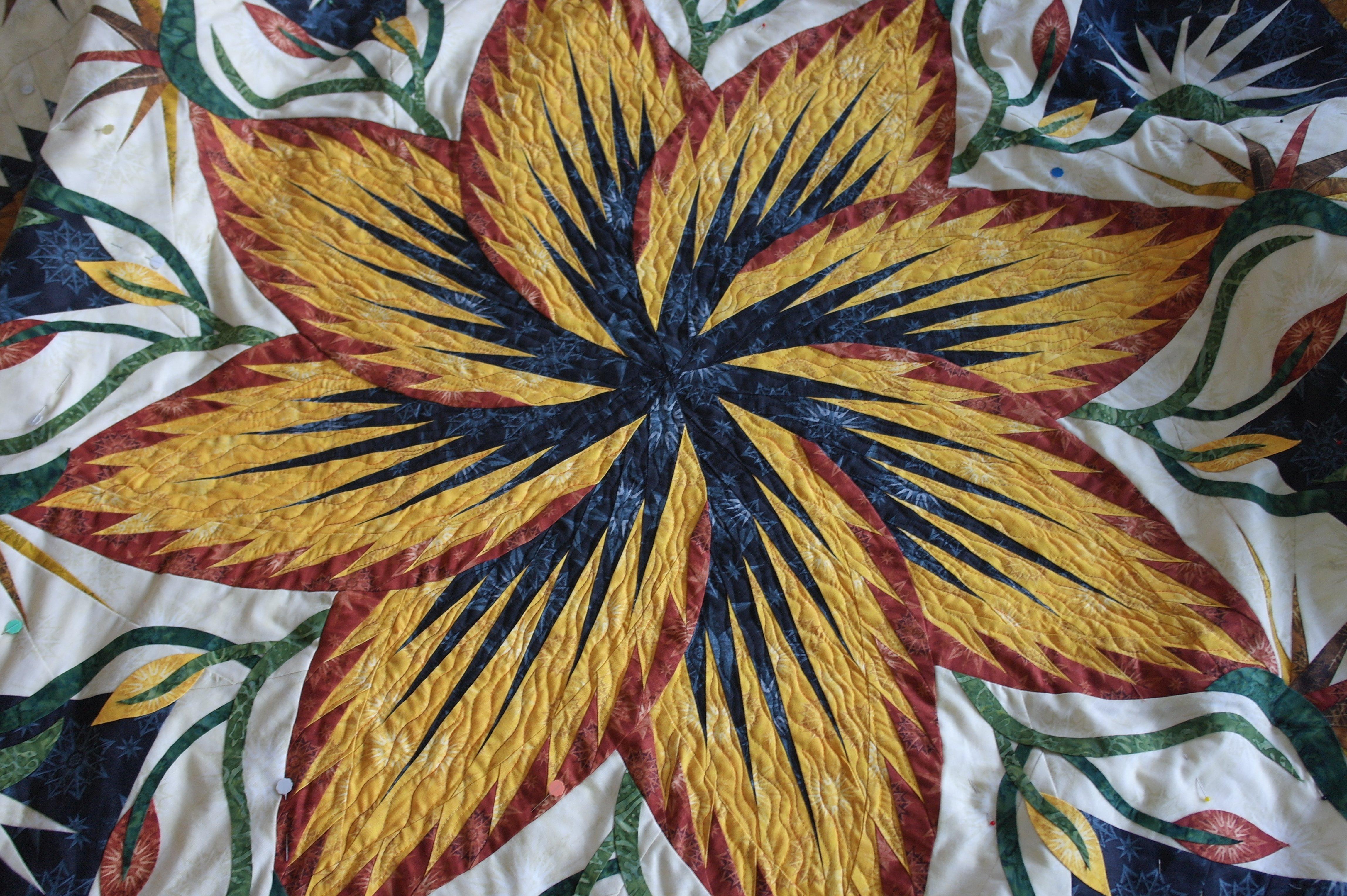 Paradise in blooms een grote quilt 39 anders 39 quilten bernina blog - Quilts gele ...
