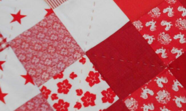 deken rood-wit detail 3