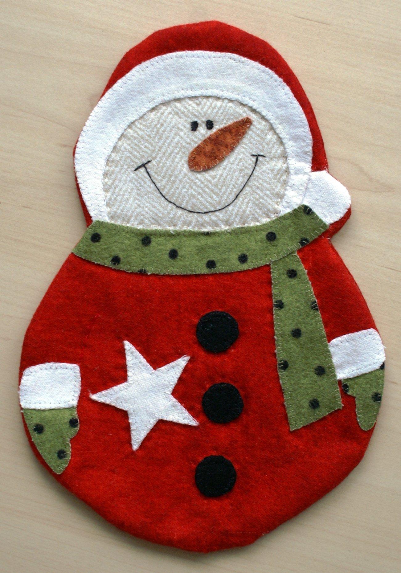 Sewing A Snowman Mug Rug For The Christmas Table Bernina Blog