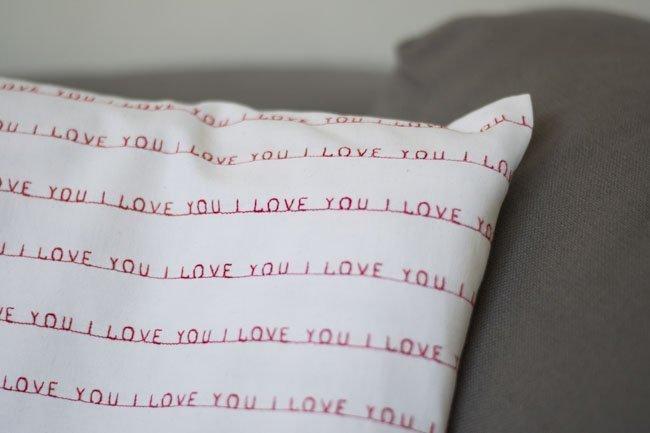Valentijnskussen I LOVE YOU - Pienkel voor Bernina