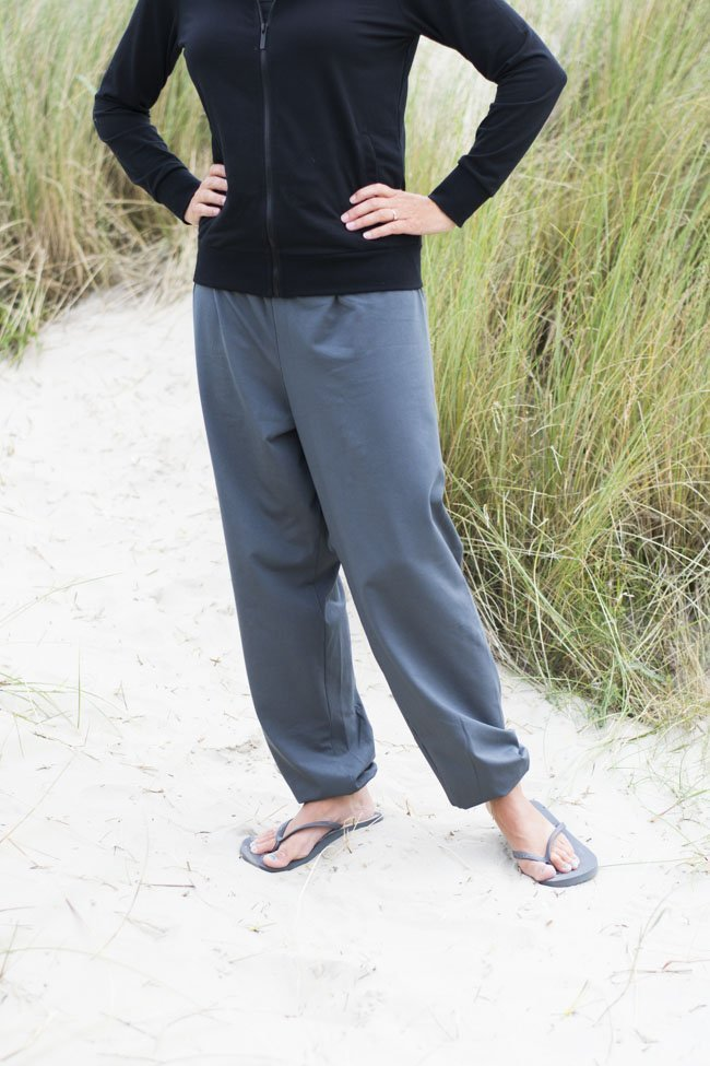 BERNINA Inspiration Pants - Sewn by Pienkel