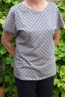 Foto van Annie gratis t-shirt naaipatroon