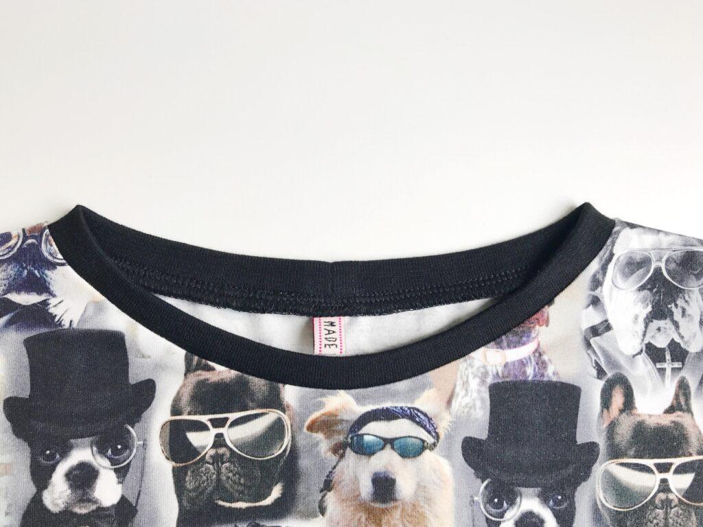 Vier Seizoenen Shirt afwerken halslijn met boordje