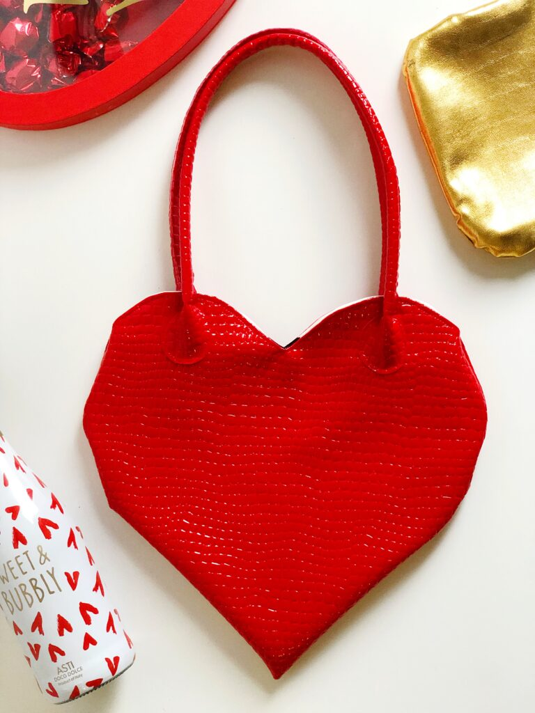 tas naaien hart valentijnsdag