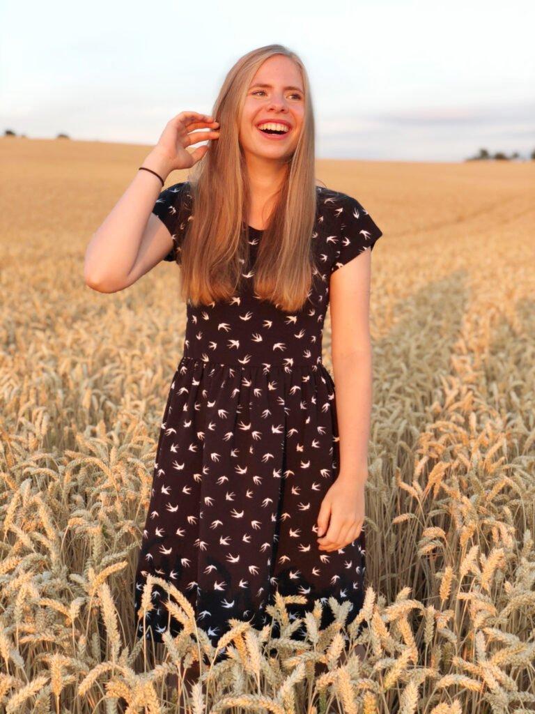 Gratis jurk patroon zonnige zomerjurk