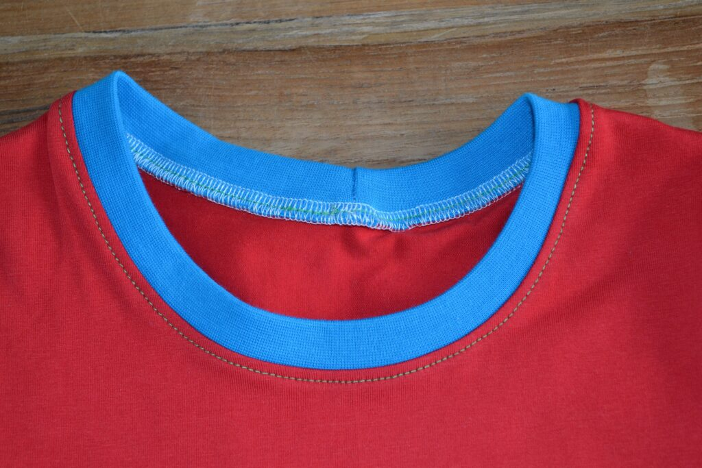 halslijn t-shirt