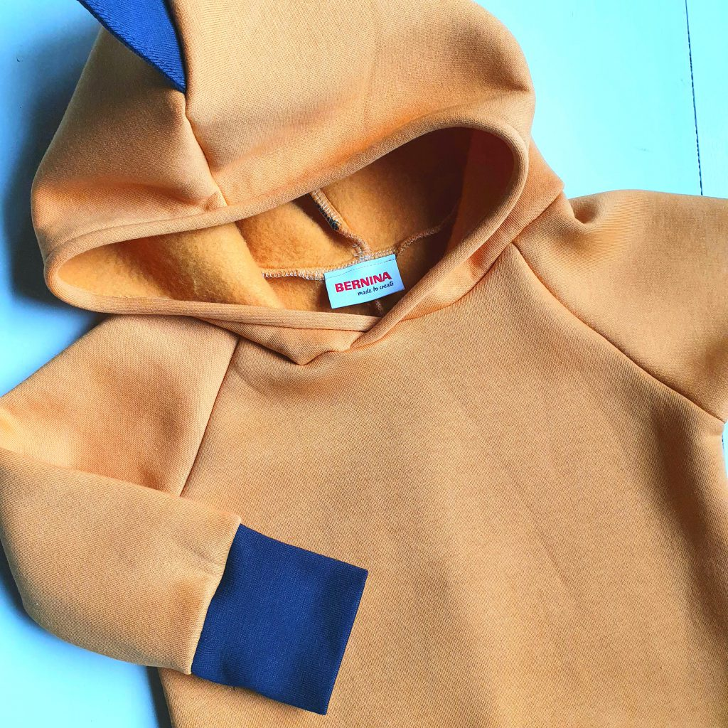 dino-sweater voor jongens naaien