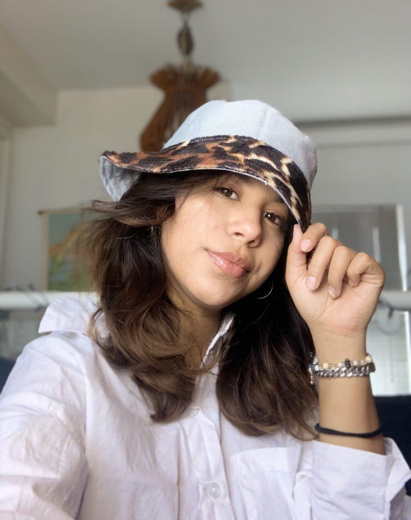 DIY: Reversible bucket hat