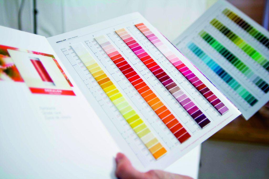 Farbkarte der Mettler-Garne für Privatkunden