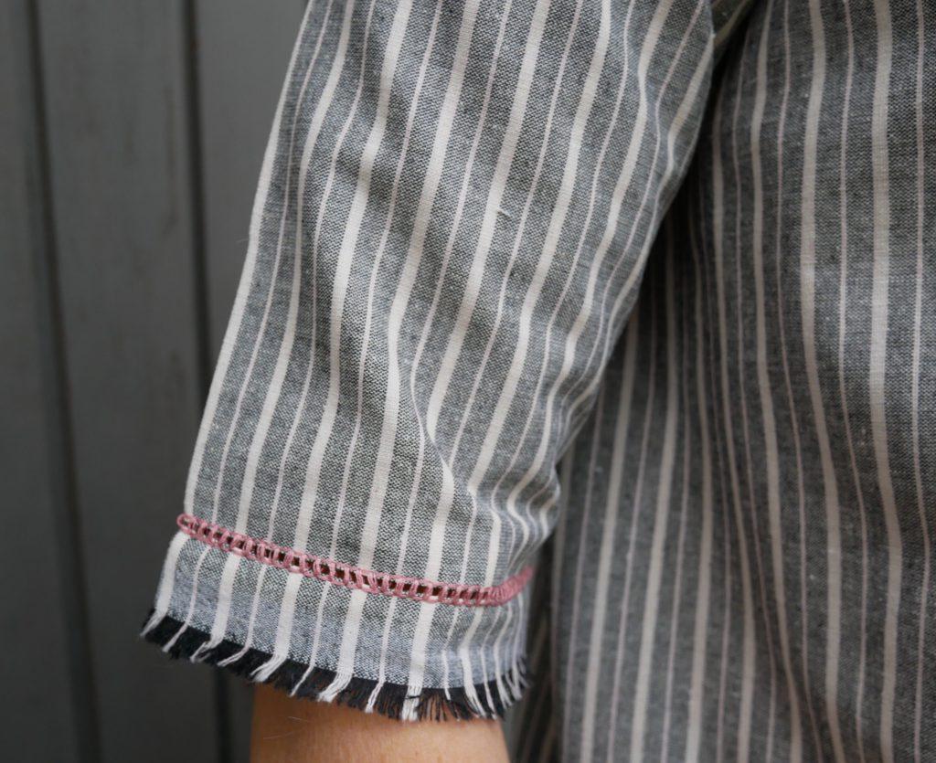 Hohlsaum und Webkante an einer Bluse
