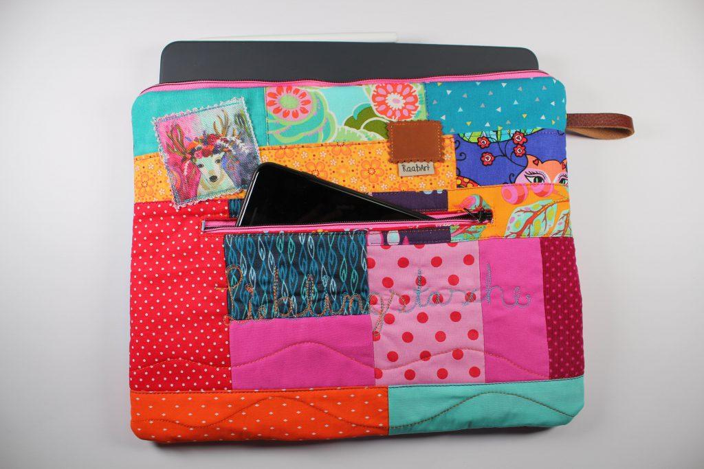 Fertig genähte Scrappy Tablet-Tasche