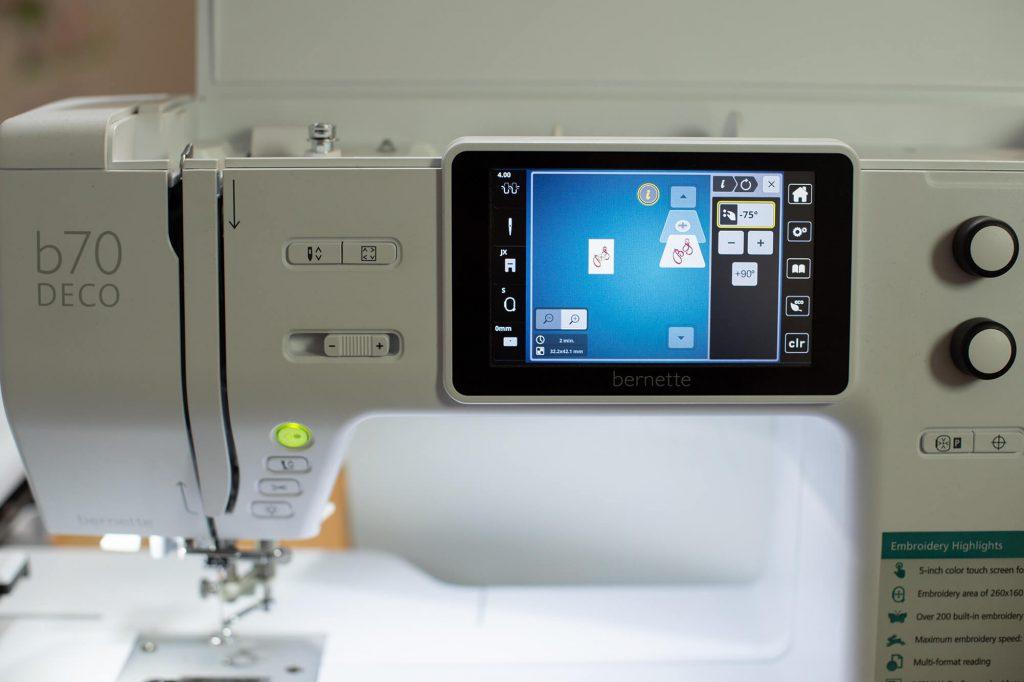 Initialen für eine bestickte Serviette mit der Toolbox Letterinv von BERNINA - Selbermachen macht glücklich