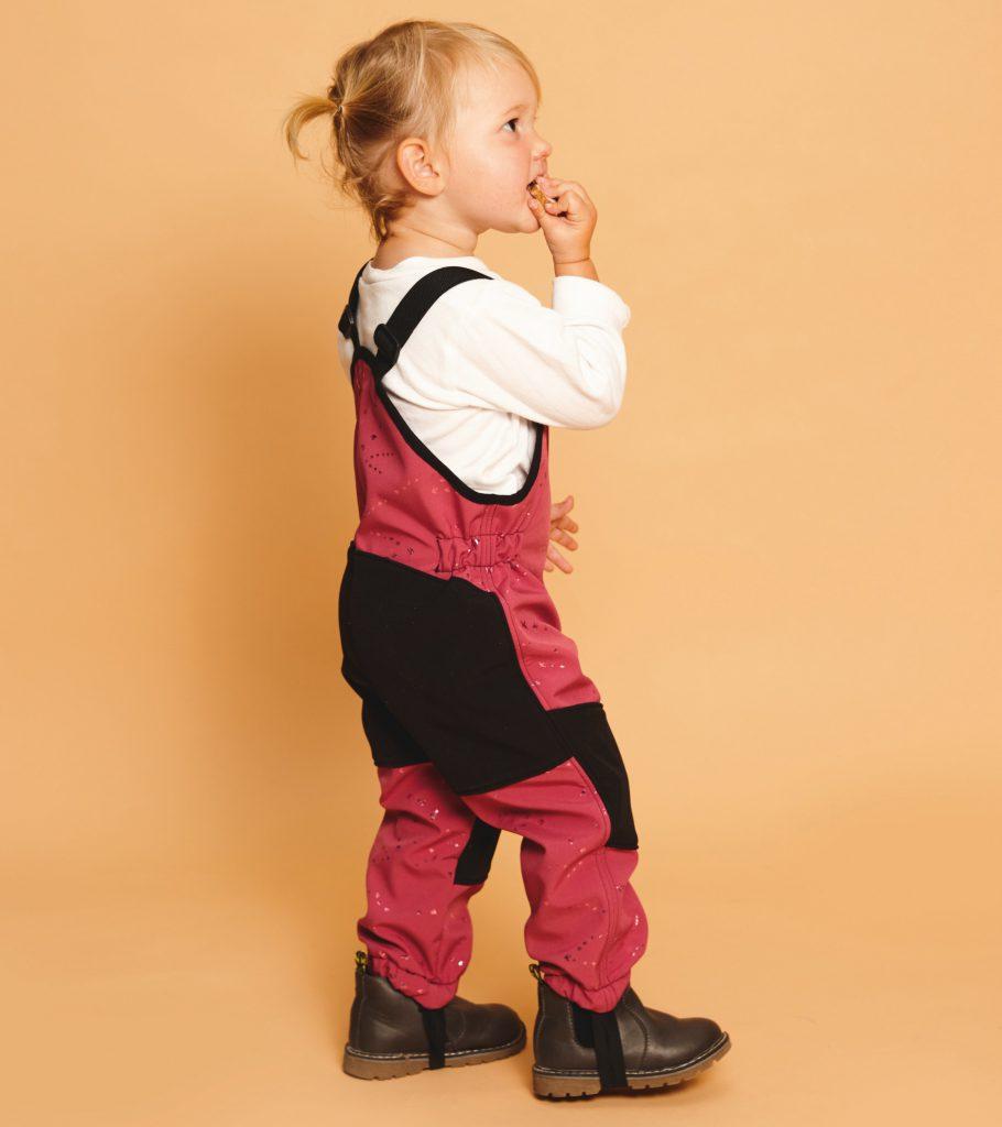 "Latzhose nähen – Modell aus dem Buch ""Nähen mit Softshell"""